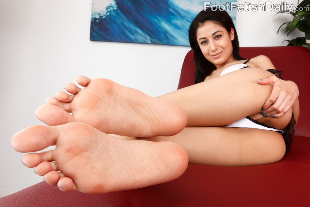 Katie jordin footjob - 1 part 10