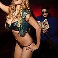Abi Titmuss - image control.gallery.php